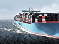 Several Containers Fall off Maersk Shanghai Near North Carolina