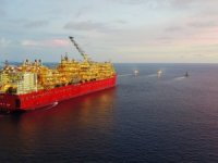 Shell's Prelude FLNG Start-Up Plan Risks Losing Gas to Rivals