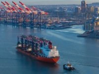 Trump Administration Scrutinizes COSCO Bid for OOCL