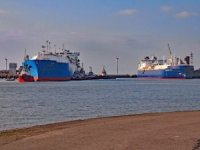 Ship Photo of the Day – First Ship-to-Ship Transfer of Yamal LNG in Port of Zeebrugge