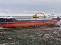 MAIB Investigation Report: Cargo Ship 'Islay Trader' Grounded After Dragging Anchor