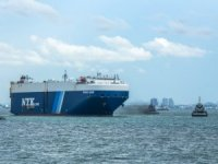 Japanese Companies Set Up Ship-to-Ship LNG Bunkering Business in Japan