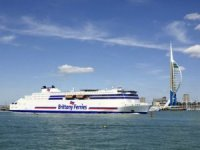 Stena RoRo orders LNG-fueled RoPax to charter to Brittany Ferries