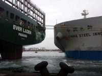 VLOC Collides with Containership at Taiwan's Kaohsiung Harbour