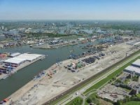 Kalmar RMGs to Support Rotterdam Short Sea Terminals