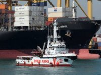 Humanitarian Migrant Rescue Boat Rejected by Italy and Malt Arrives in Spain