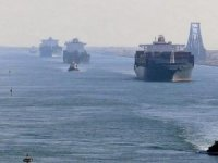 Multi-Vessel Pileup in Suez Canal
