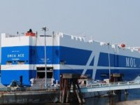 Vancouver Welcomes MOL's Newest Car Carrier