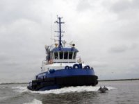 Young Brothers takes delivery of first of four new tugs