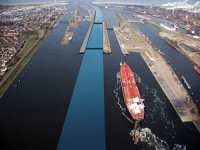 Deadline Extended for World's Largest Sea Lock