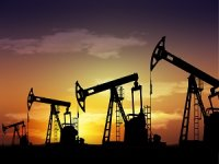 Brent Oil Rises to Over $81 for Week Beginning