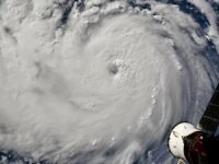 Oil refineries in US Gulf brace for Hurricane Dorian