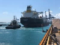 First Vessel Docks at Grand Bahama Shipyard after Hurricane Dorian