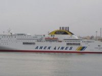 Greek Ferry Suffers Fire, Returns to Port