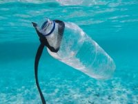 Report Links Ocean Plastic Waste to Chinese Merchant Ships