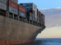 Japan's export/import cargoes predicted to keep downward trend