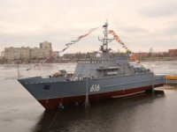 Shipbuilders float out latest minesweeper in Russia's northwest