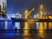 Two mobile cranes fell from JUMBO heavy lift ship in Rostock