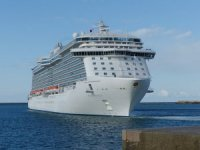 Regal Princess Docks at Port Everglades, 2 Crew Members Test Negative for COVID-19
