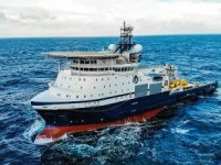 Island Victory on Barents subsea duty