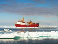 Vestdavit secures boat handling performance for Royal Navy's ice patrol ship