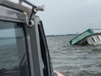 USCG Rescues Two from Sinking Houseboat