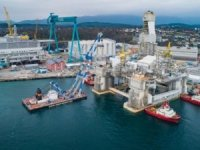 Aker ASA Consolidates Offshore Units, Spins Off Clean-Energy Divisions