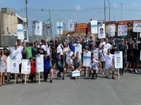 Strike Paralyzes Port of Montreal Despite Calls for Government Action