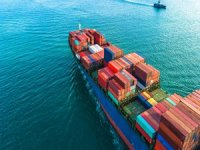 Carriers Scramble to Charter Larger Containerships at 'Whatever it Takes' Prices