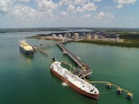 Inpex, Chevron to cut Australian LNG jobs