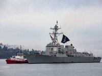 USS Kidd Arrives in Washington Flying a Pirate Flag. Here's Why It's Authorized to Actually Do That