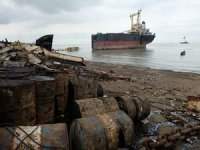 Two Eimskip boxships sent to dirty scrapyards in India, investigation reveals