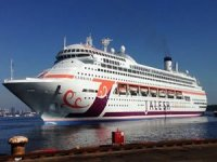 Indian Cruise Line Suspends Operations; Appeals for Crew Welfare