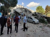 Earthquake rattles Greece and Turkey as buildings collapse