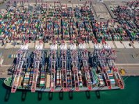 Port of Long Beach November Volumes Jump 30%
