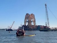 Crews Start Cutting Second Section of Golden Ray