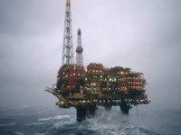 Shell to cut 330 offshore jobs from North Sea