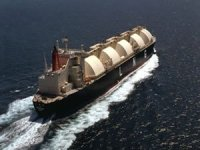 MOL scraps 37-year-old LNG carrier