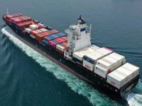Seaspan seals charter extensions with Cosco for 17 vessels