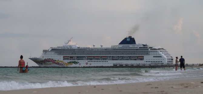 gettyimages-cruise-ship.jpg