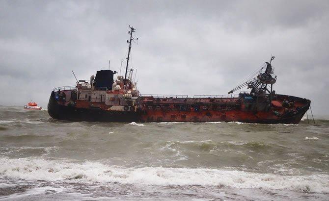 tanker_5-001.jpg