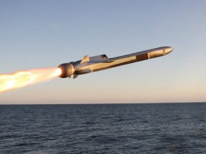 USS Gabrielle Giffords LCS 10 Launches 1st Integrated Naval Strike Missile